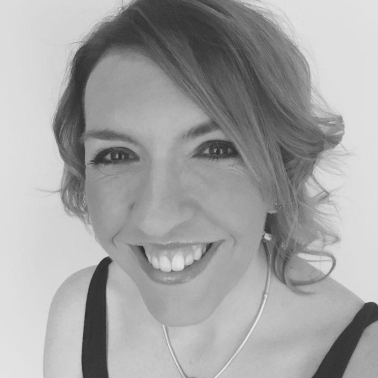 Carla Hewitt headshot