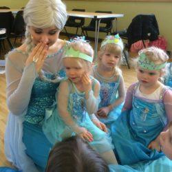 Elsa frozen school