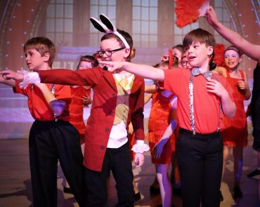 Have fun this summer with Noodle's holiday clubs